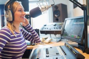 ラジオでライオンあくびについてお話しします